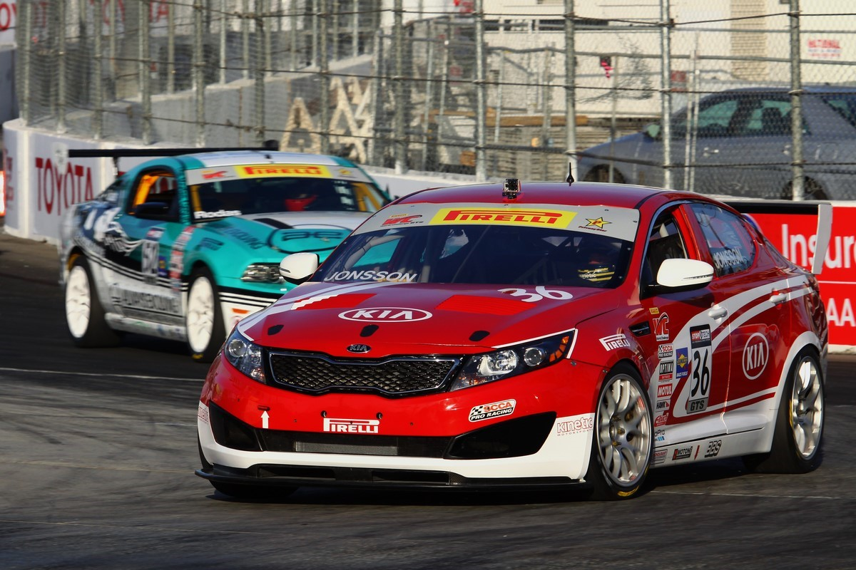 Kia racing treks west for round three of the pirelli world for Kia motors irvine ca