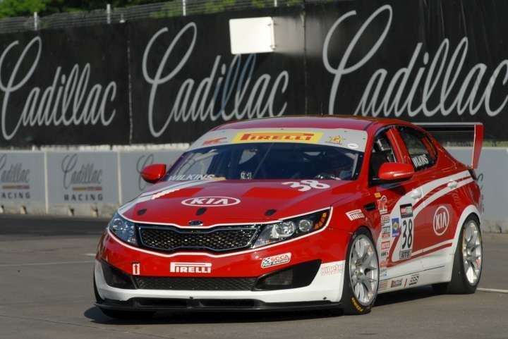Kia racing scores victory and podium finish in pirelli for Kia motors usa com