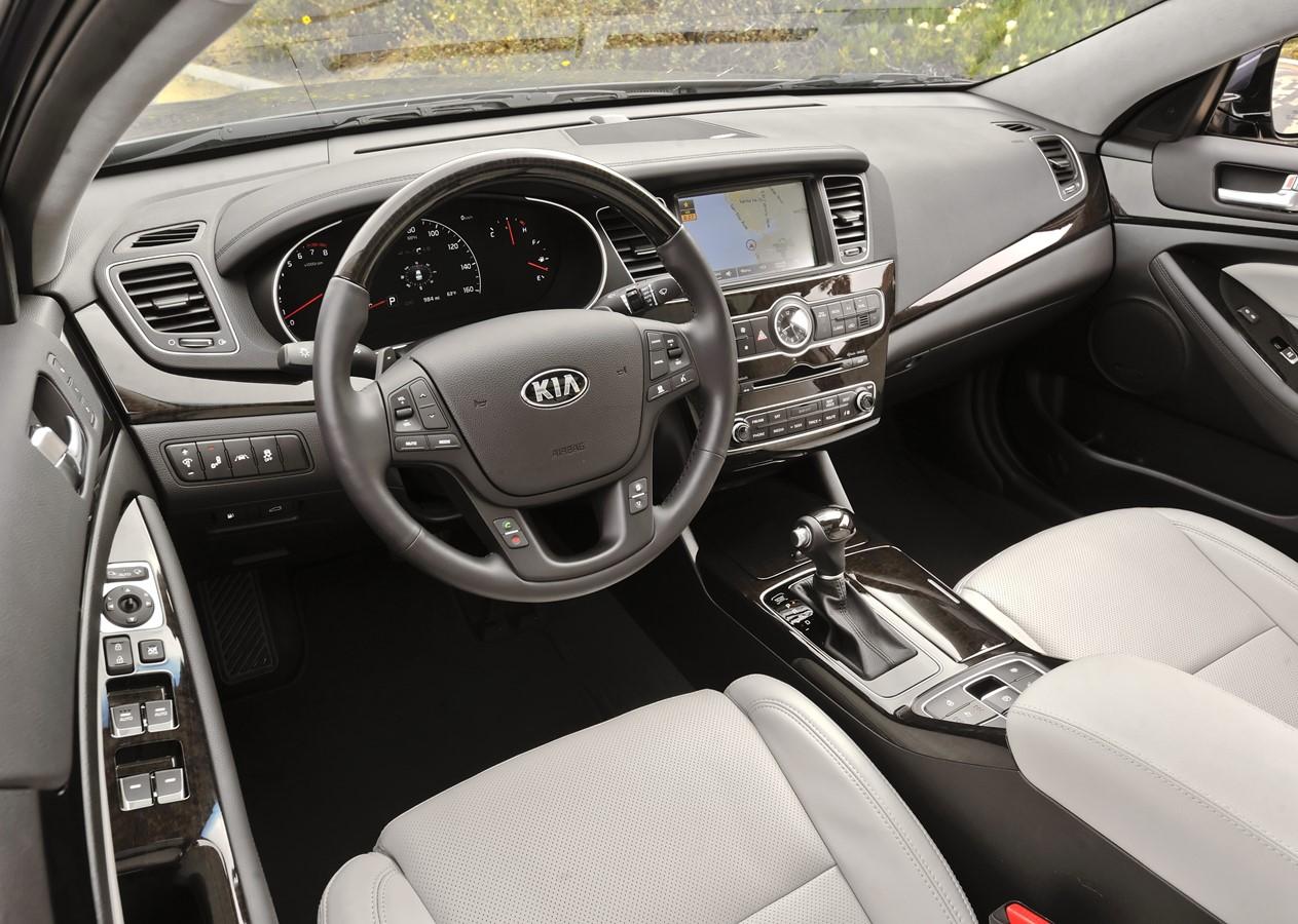 2015 Kia Cadenza for lease near Elkhart, Indiana