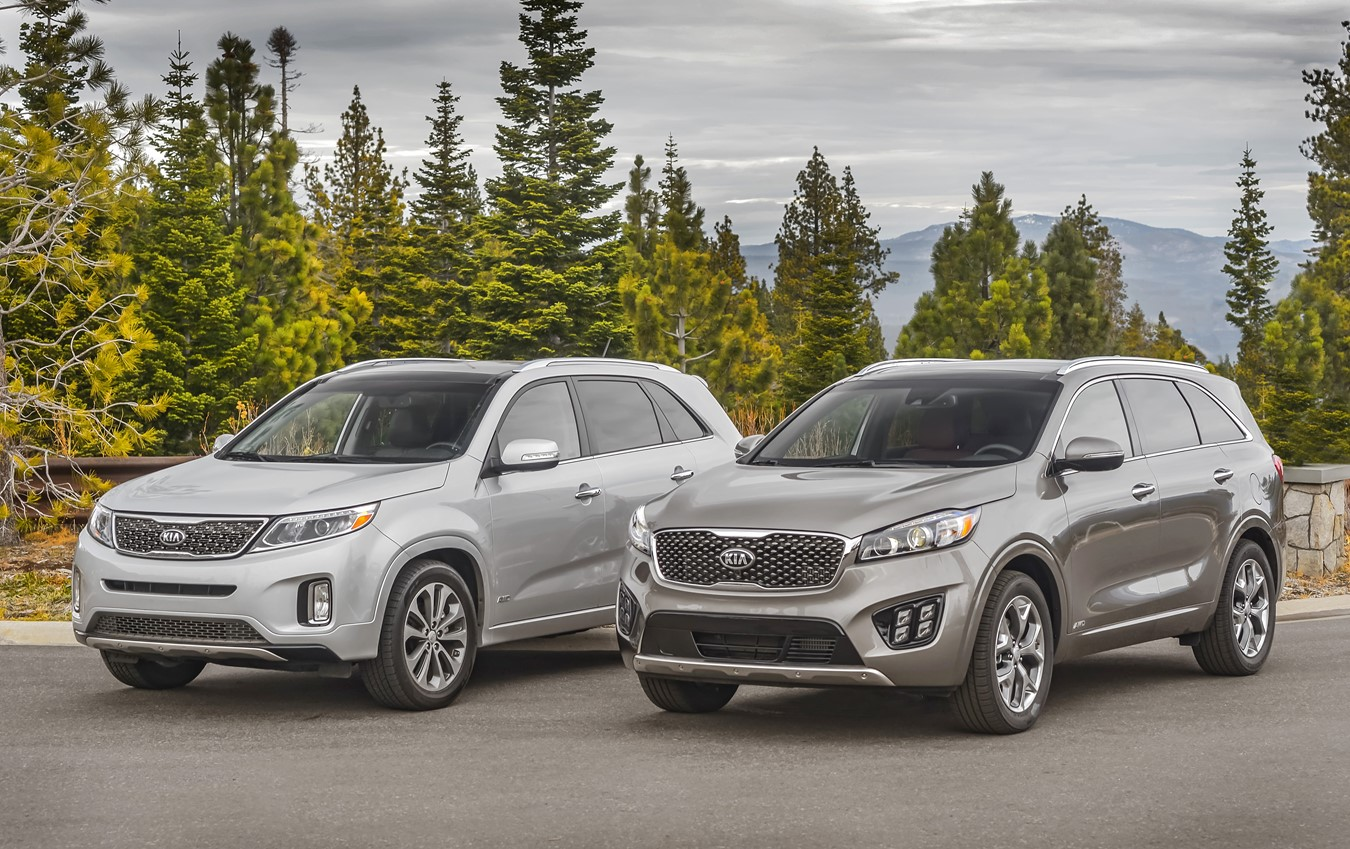 All-new 2016 Sorento (right) and 2015 Sorento