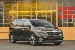 KIA SEDONA NAMED 'MUST TEST DRIVE' VEHICLE FOR 2016 BY AUTOTRADER