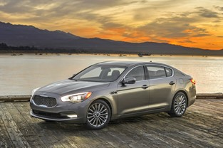 KIA MOTORS AMERICA LAUNCHES UVO LUXURY SERVICES IN 2016 K900