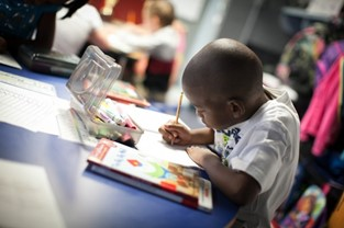 "Kia and DonorsChoose.org Launch Annual ""Holiday's On Us"" Celebration to Support Classroom Projects in High-Need Schools"