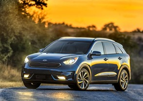 FIRST TV SPOTS FOR KIA MOTORS' ALL-NEW NIRO CROSSOVER ON AIR NOW