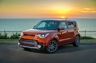 KIA SOUL NAMED AMONG 10 BEST FAMILY CARS BY PARENTS MAGAZINE AND EDMUNDS