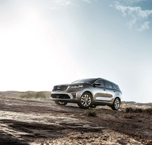 KIA SORENTO SUV CONQUERS REAL AND PERCEIVED MOUNTAINS IN NEW MARKETING CAMPAIGN