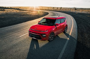 kia motors continues to give it everything in new marketing campaign for the third generation soul kia motors continues to give it